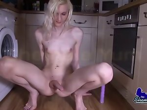 Blond English Tgirl Lexi Lewis