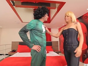 Great Ramon rams some transvestite butt on Dany Barony