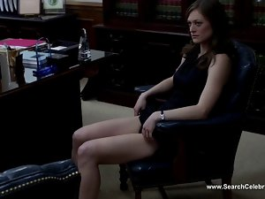 Hannah Ware and Marin Ireland - Boss S02E08