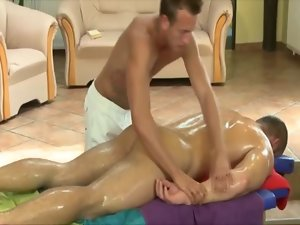 Hungry slutty bear masseur
