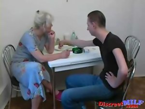 Slutty russian attractive mature bitch suck extremely large dick in the kitchen
