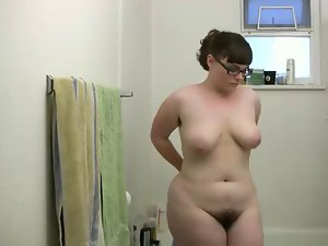 beauteous fatty washes her succulent hirsute pussy,pits,tits