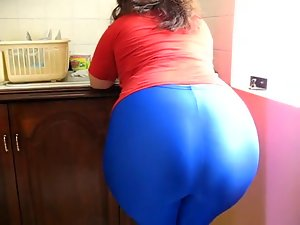 His stepsister in Law Huge Candid Spandex Bum