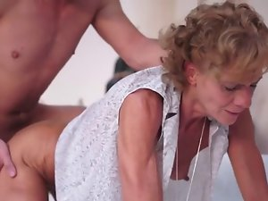 Slim granny banged by a 18yo fellow