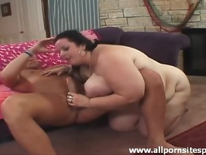 Fat chick wants to go for a ride on hard cock