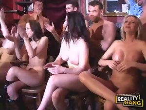 Smoking hot ladies get their holes filled at naughty bar