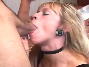 Head in a hotel room from a milf