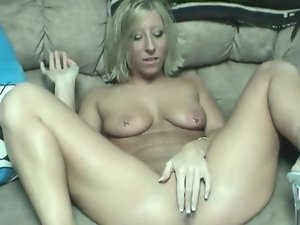 Pierced nipples hottie toy fucks her vagina