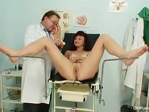 Speculum is sexy in her mature cunt