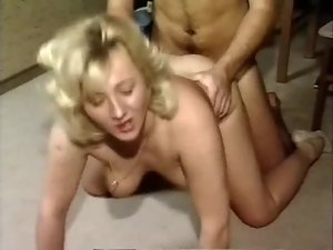 Curvy milf on hands and knees for fucking