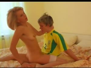 Soccer dude fucks sexy Russian milf in stockings