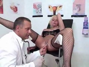 Girl at gynecologist has pussy worked over
