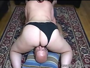 Fat girl facesitting and ass licking