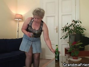 Cock-hungry granny find enjoyment in two peckers