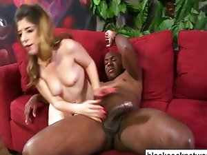 Whore screams as Mandingo ruins her pussy