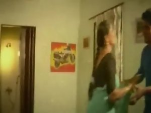 Mallu Aunty enjoying.FLV