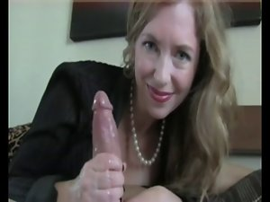 Mommy Handjob #5 (Dirty Talking Stepmom)