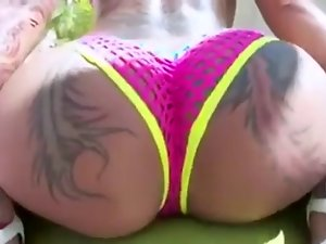 White gurl with phat naughty ass