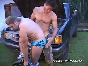 Banging the Mechanic