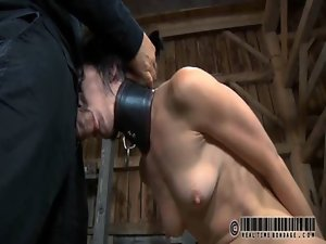 Tormenting babe&#039_s fur pie with toy