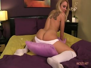 Cameron Canada - Pillow humping with Cameron Canada HD incezt.net