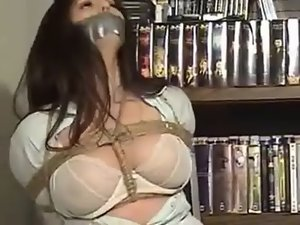 curvy actress tied up Video cool night MyVideo
