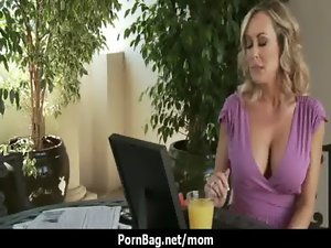 Enormous boobs Cougar mum get shagged 3