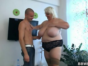Big beautiful woman nympho getting banged brutal