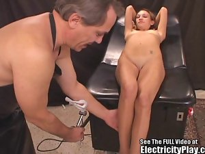 Arabian egyptian Queen Shocked Back to Life and Fucked!