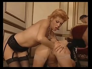 Some anus and fisting act with Eva Delage