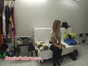Natural czech amateur tempting blonde in backstage clip