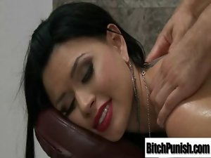 Luscious Attractive Client Young lady Get Seduce And Banged By Masseur vid-12