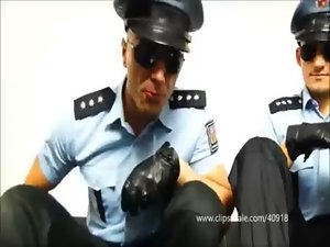 TWO DOMINATION COPS TRAPLES SOCCER BALOON - 054