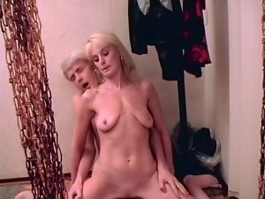 Attractively saggy tempting blonde mummy