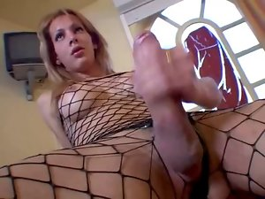Xxl big cock Blondie Shemale Solo