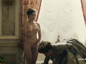 Lea Seydoux naked - Farewell My Queen (2012)