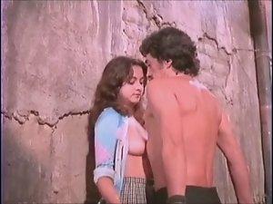 Alma delfina actriz mexicana ensenando las tetas - 2 part 4