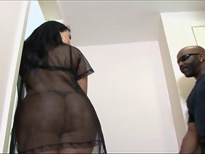 Latina House of Butt episode 2
