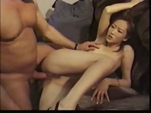 korean lasses sex with dude