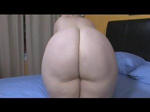 PAWG Naughty butt Monica