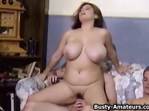 Chesty Dark haired Helena On Crazy threesome action