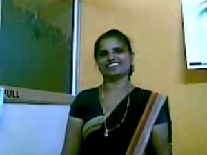 Seductive indian Aunty 1226