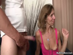 She watches her aged stepmom gets screwed