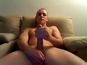 Hung White Scally Wanking Monster Penis with Cumshot.