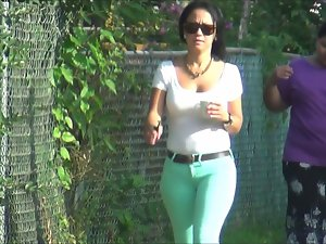 Dominican Adorable Mum In Green Narrow Pants Damn!!