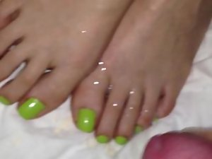 cum on green toes