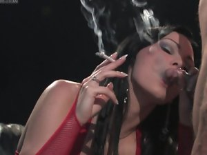 Brittania smoking Sex