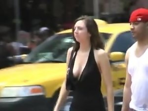lewd swaying downblouse on street