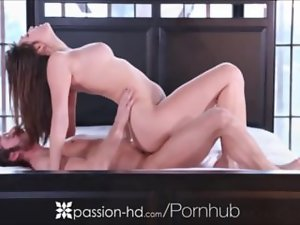 Bad Butt Dark haired Fellatio Penis and Getting Banged
