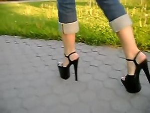 high heels walk in the park